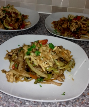 Stir-fried Chicken with Oyster and Spring Onion Sauce